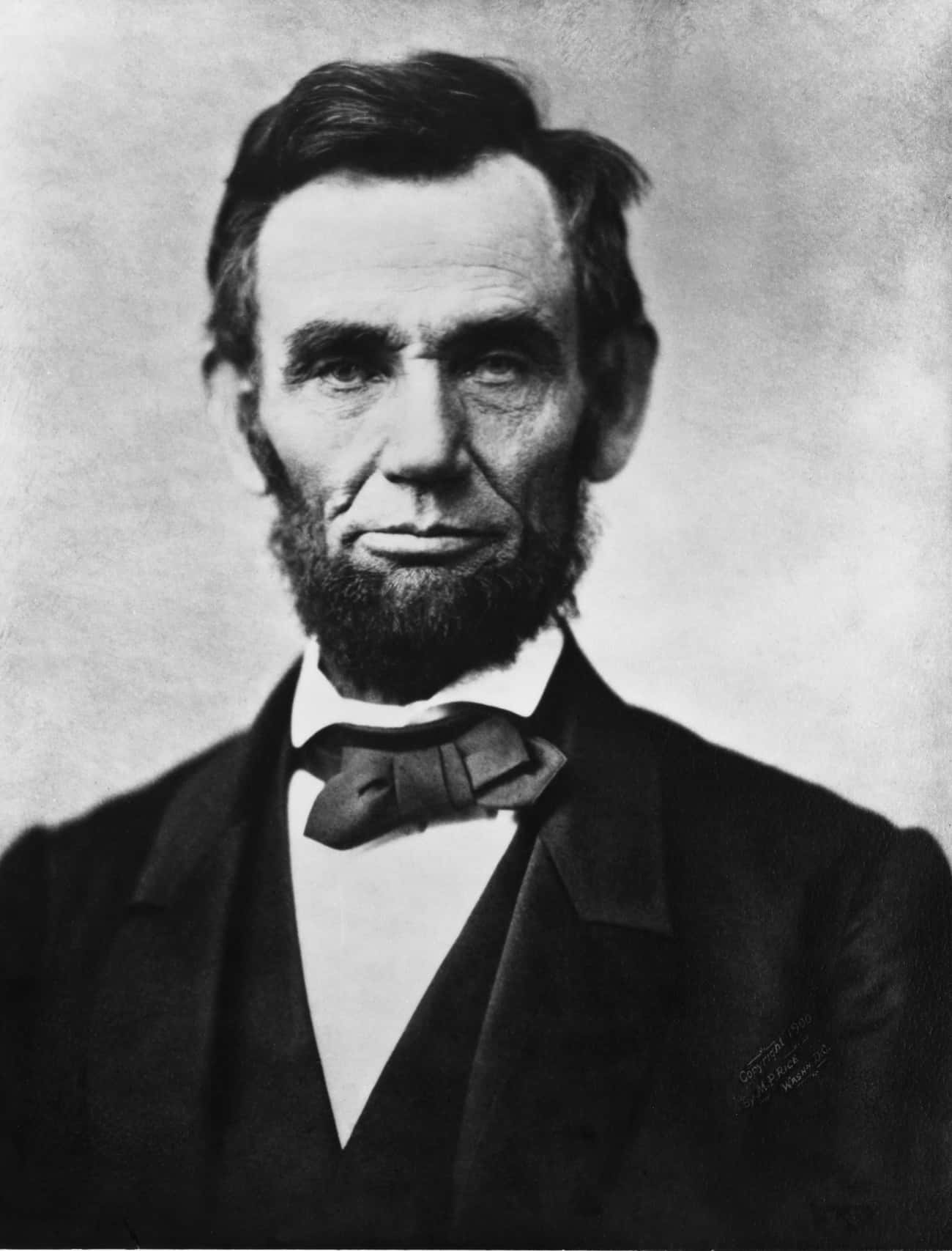 Abraham Lincoln is listed (or ranked) 4 on the list 7 Presidents Who Were Way Poorer Than You Realize