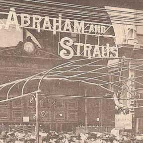 Abraham & Straus is listed (or ranked) 12 on the list List of Retail Companies