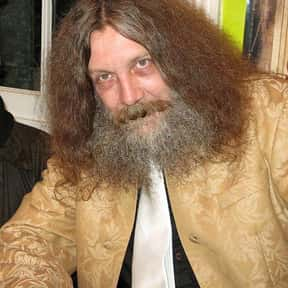 Alan Moore is listed (or ranked) 6 on the list List of Famous Cartoonists