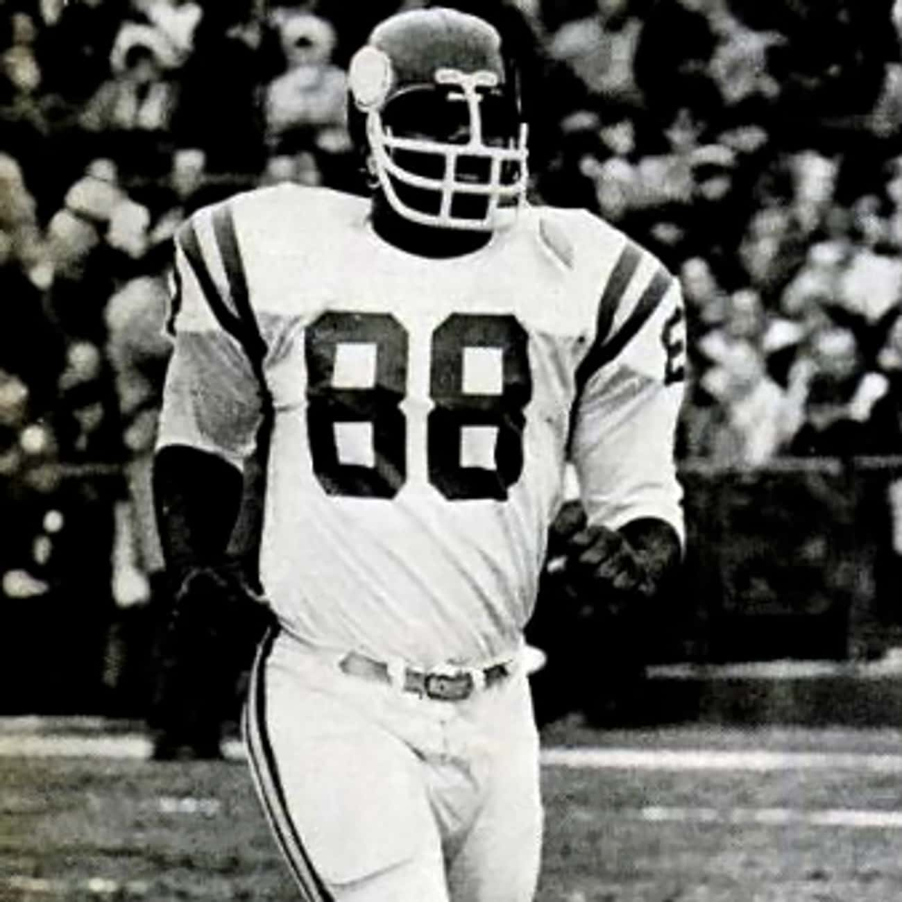 Alan Page is listed (or ranked) 4 on the list Every Minnesota Vikings Player In The Football Hall Of Fame