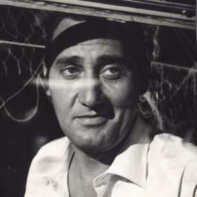 Alberto Sordi is listed (or ranked) 7 on the list Full Cast of Those Magnificent Men In Their Flying Machines Actors/Actresses