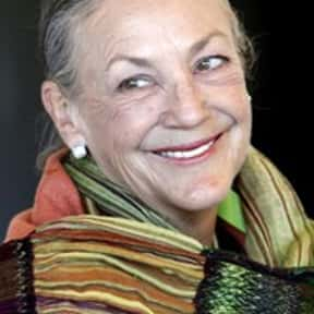 Alice Walton is listed (or ranked) 5 on the list Famous People From Arkansas