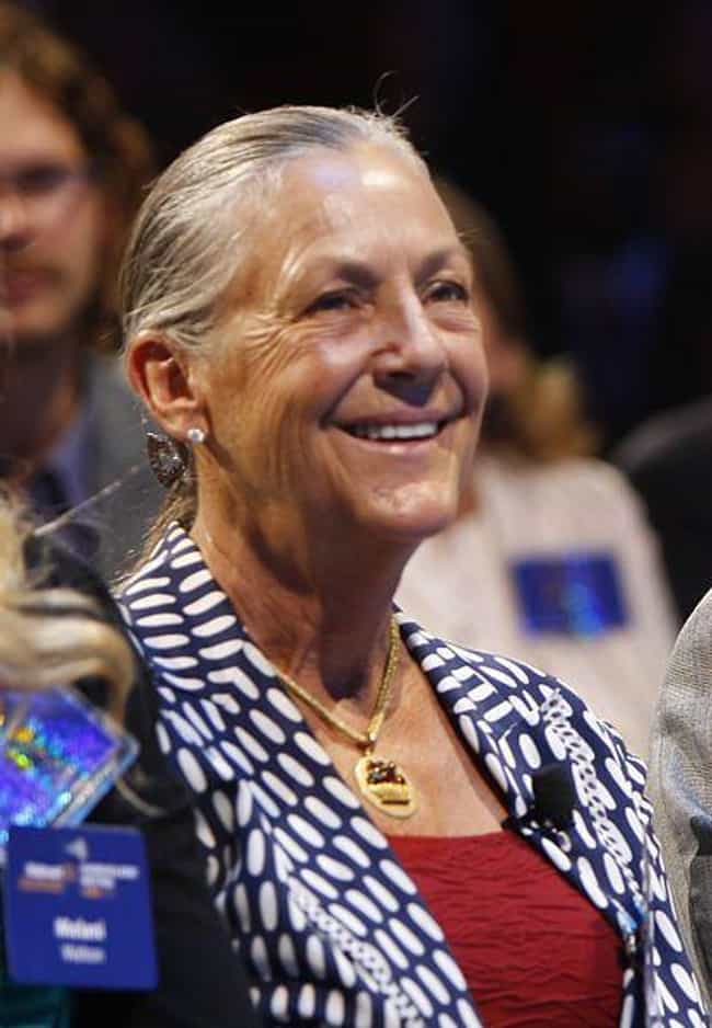 Alice Walton is listed (or ranked) 1 on the list The Richest Women In America