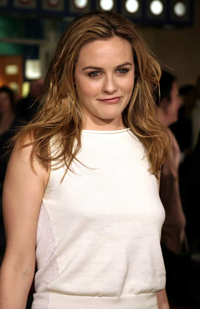 Alicia Silverstone is listed (or ranked) 4 on the list Famous People Who Are Allergic to Cats