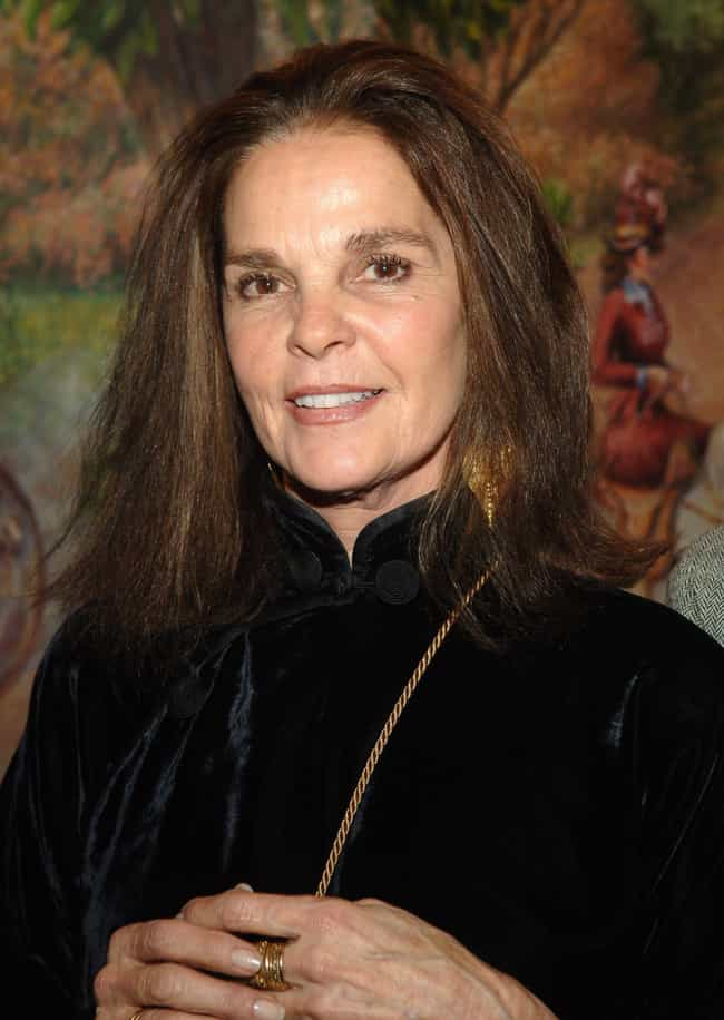 Ali MacGraw is listed (or ranked) 2 on the list The Top VOGUE Employees