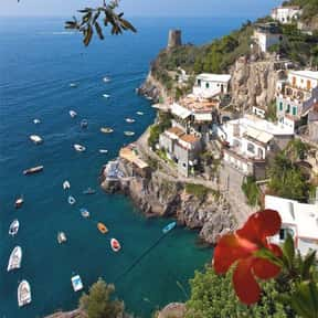 Amalfi Coast is listed (or ranked) 8 on the list The Best Honeymoon Destinations