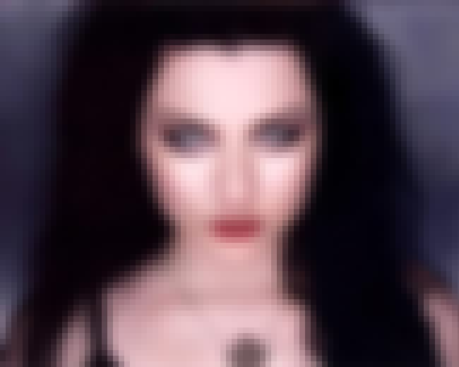 Amy Lee is listed (or ranked) 2 on the list Famous Female Pianists