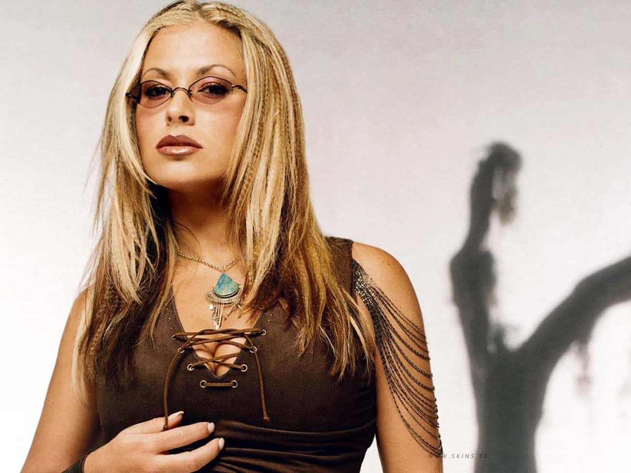 Anastacia is listed (or ranked) 4 on the list 12 Famous People Who Suffer From Crohn's Disease