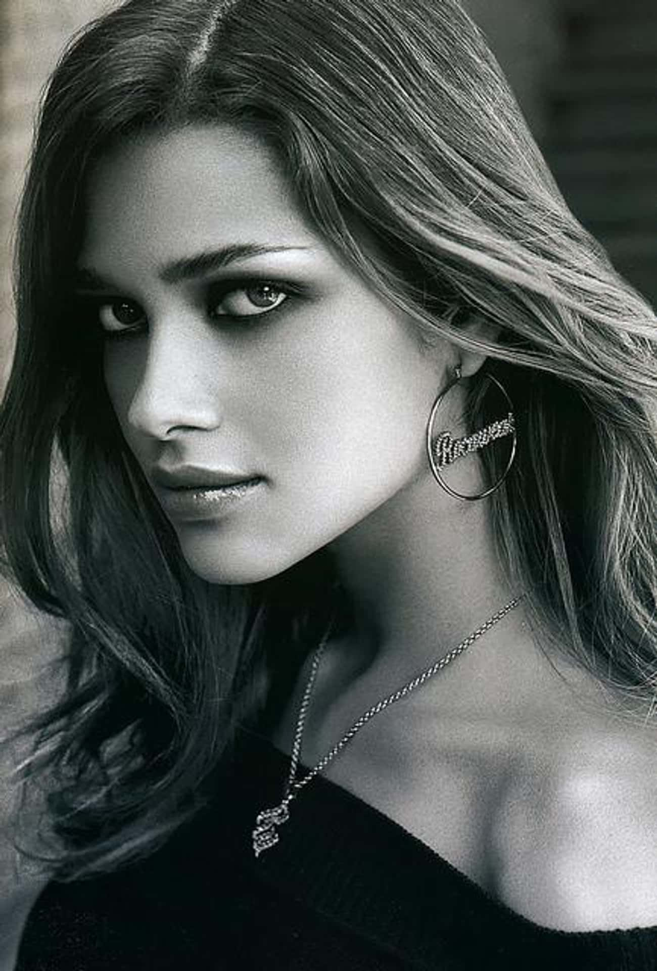 Ana Beatriz Barros is listed (or ranked) 4 on the list Famous People Born in 1982