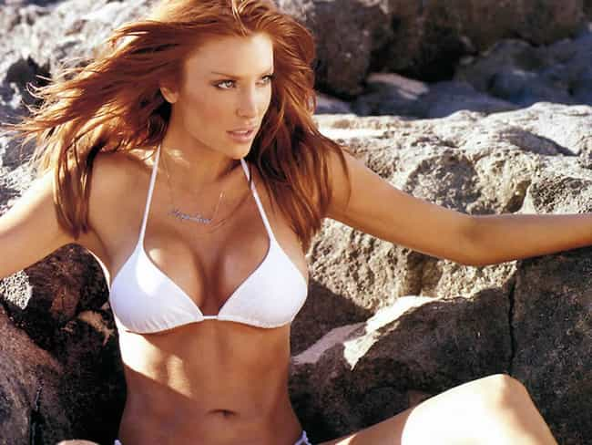 The 40 Hottest Hockey Wives and Girlfriends