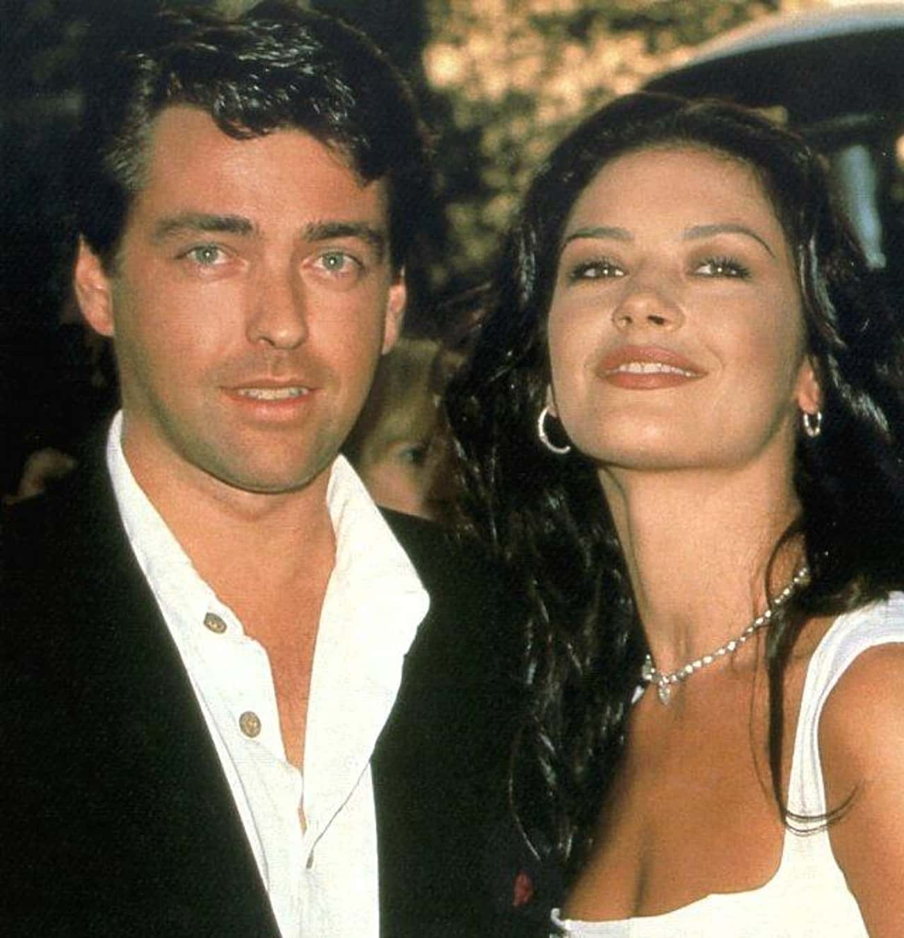Angus Macfadyen is listed (or ranked) 4 on the list Catherine Zeta-Jones' Loves & Hookups