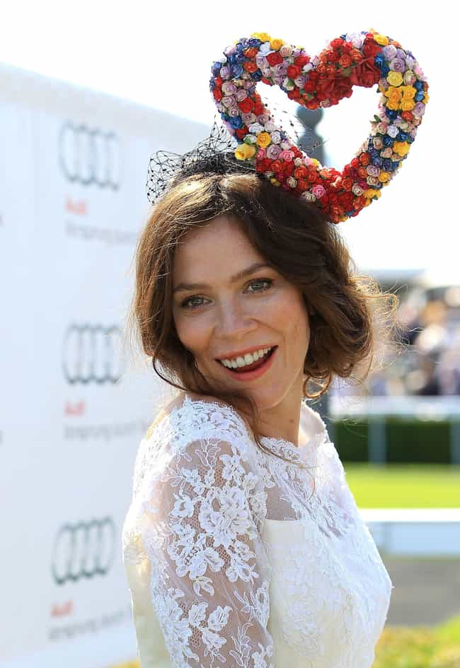 Anna Friel is listed (or ranked) 2 on the list Christian Bale Loves and Hookups