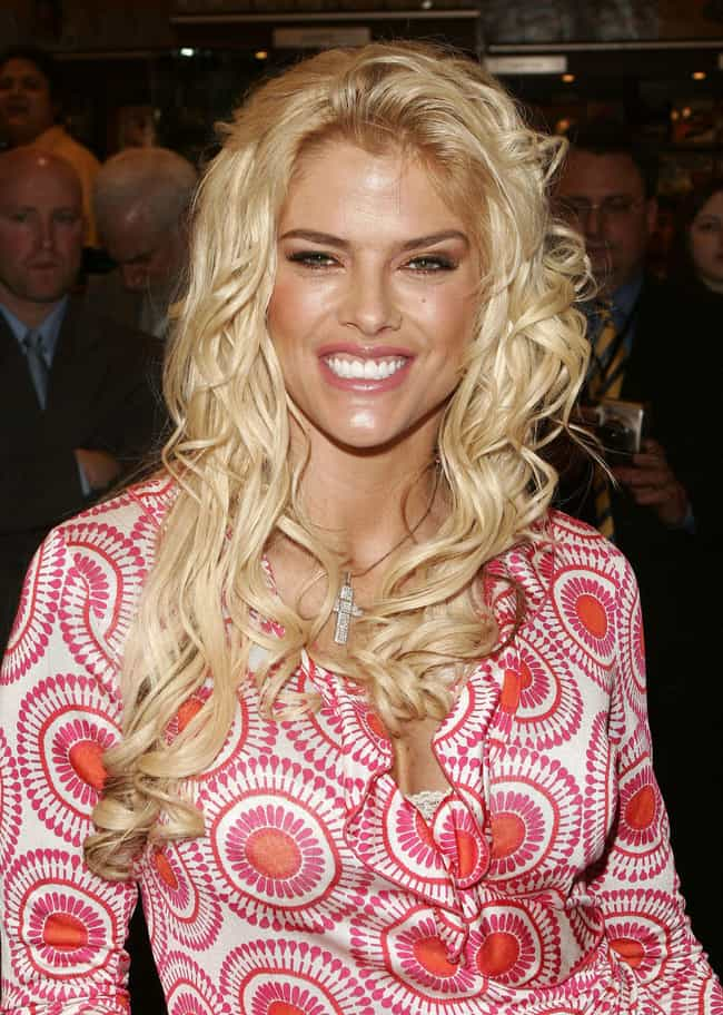 Anna Nicole Smith is listed (or ranked) 4 on the list Famous People Who Died of Drug Overdose