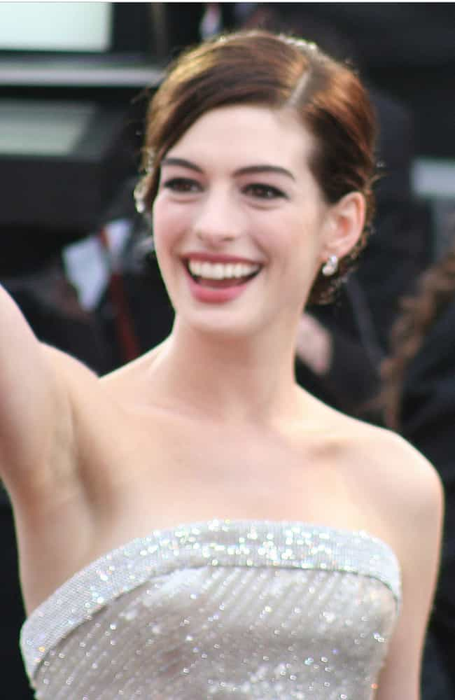 Anne Hathaway is listed (or ranked) 1 on the list The Best Celebrity Smiles (Women)