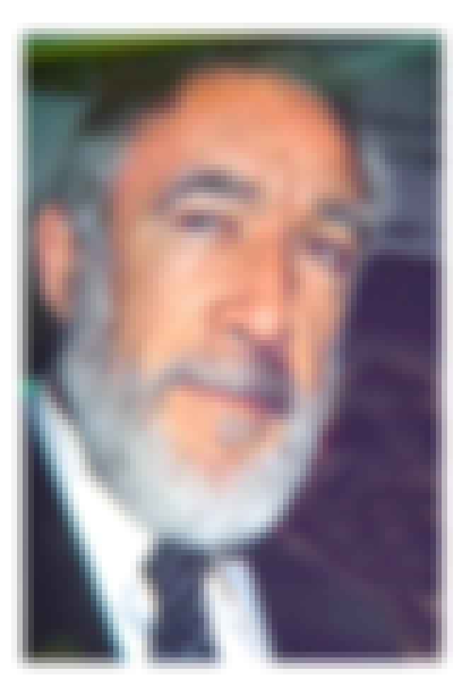 Anthony Quinn is listed (or ranked) 4 on the list Famous Hispanic Actors