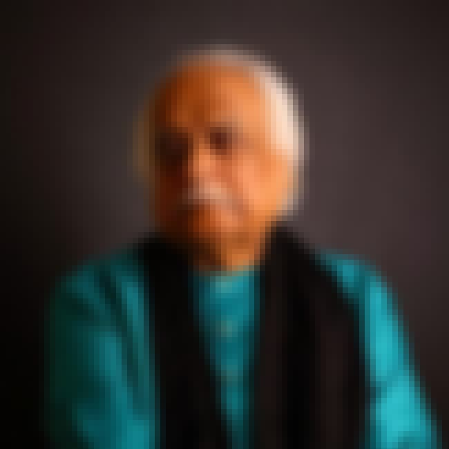 Anwar Maqsood Hameedi is listed (or ranked) 4 on the list List of Famous Satirists