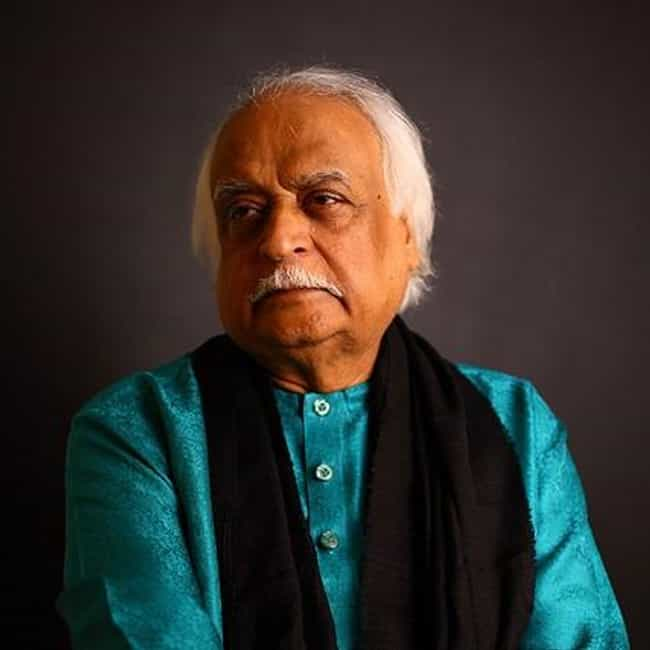 Anwar Maqsood Hameedi is listed (or ranked) 4 on the list Famous Male Satirists