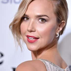Arielle Kebbel is listed (or ranked) 10 on the list Gilmore Girls Cast List