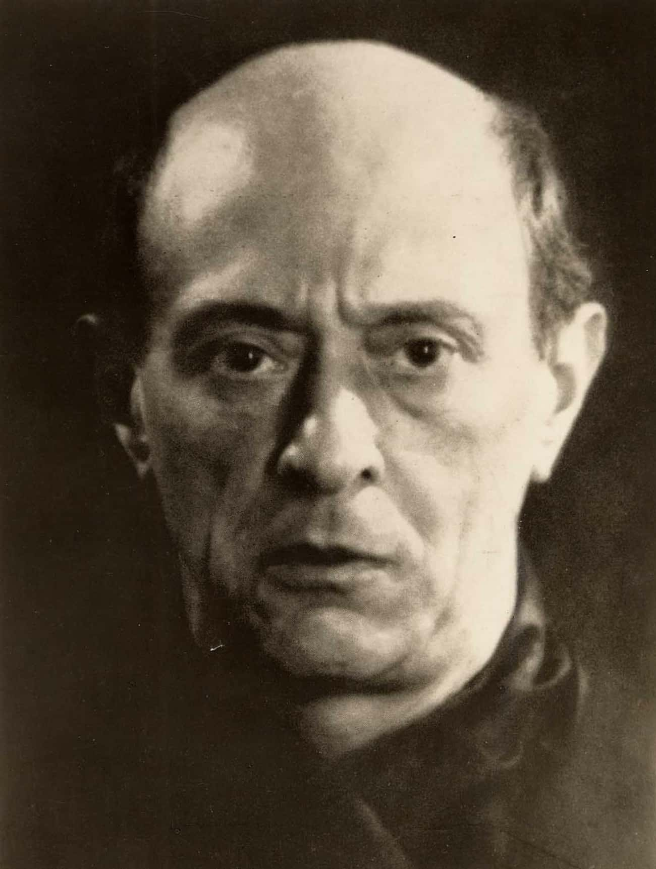 Arnold Schoenberg Fell Victim  is listed (or ranked) 3 on the list 9 Historical Figures Who Predicted Their Own Deaths