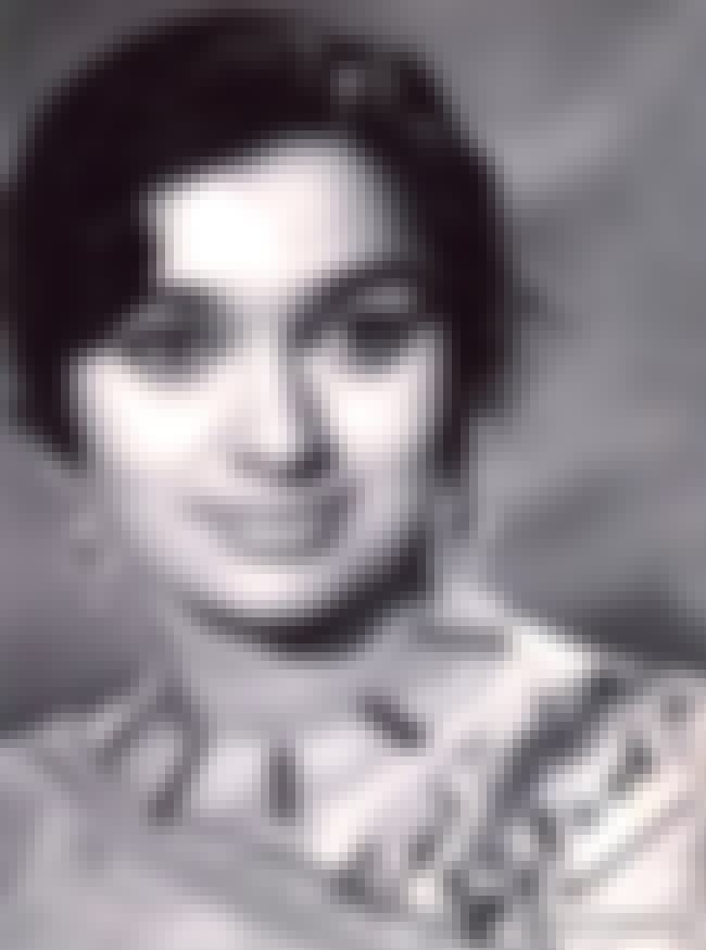 Asha Parekh is listed (or ranked) 2 on the list Filmfare Best Actress Award Winners List