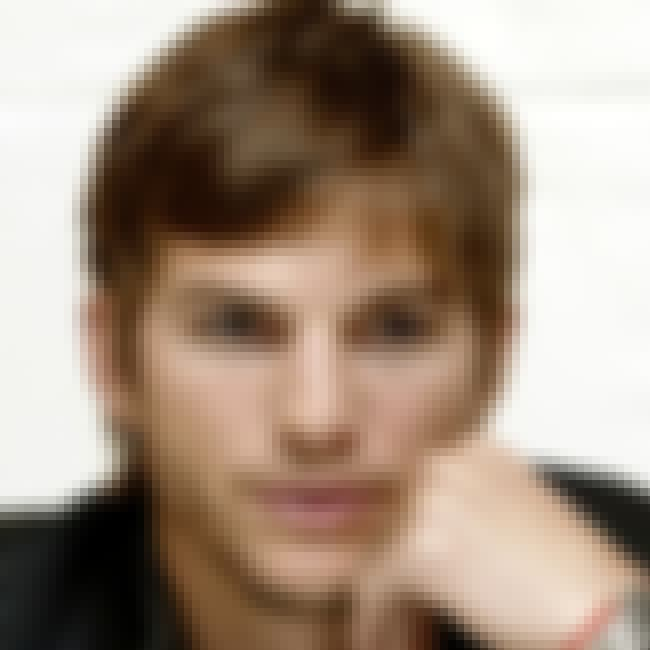 Ashton Kutcher is listed (or ranked) 6 on the list Celebrities on Google Plus