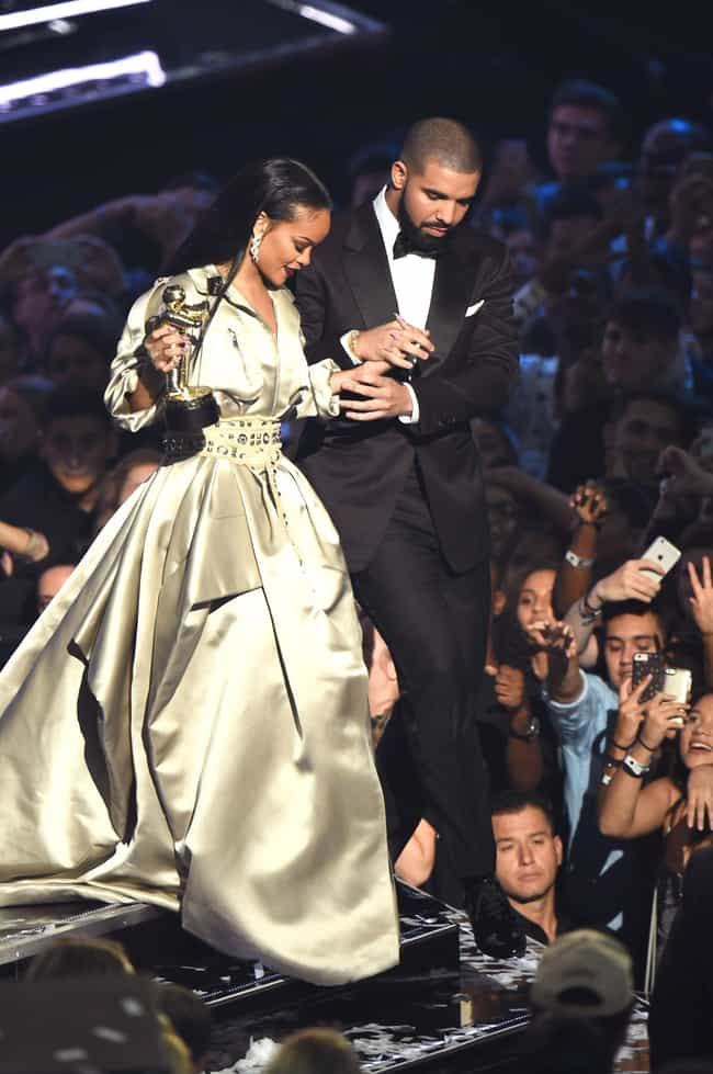 Drake is listed (or ranked) 3 on the list Rihanna's Loves & Hookups