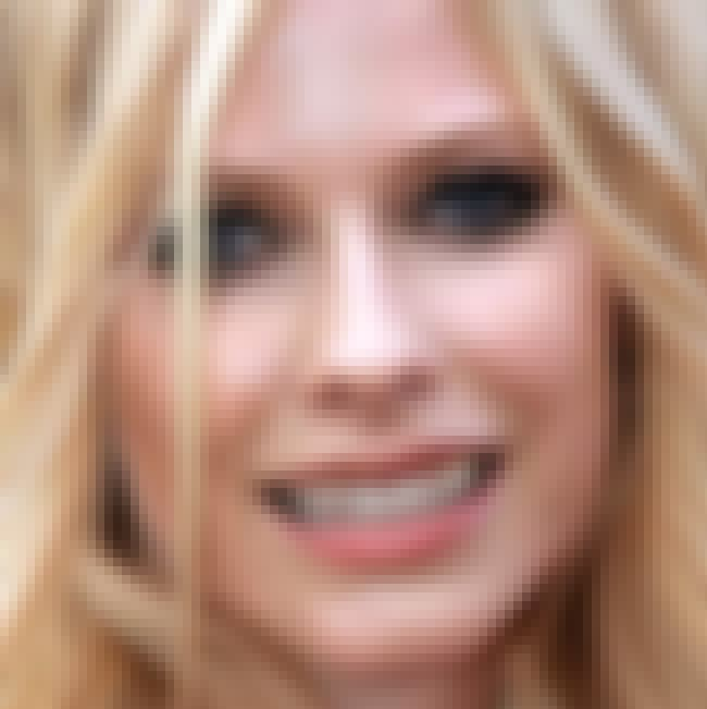 "Avril Lavigne is listed (or ranked) 4 on the list The Top 10 Hottest Girls with ""Bad"" Teeth"