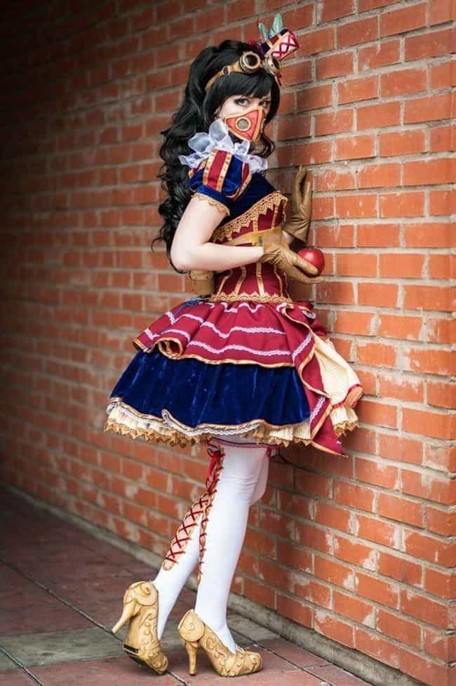 Snow White is listed (or ranked) 4 on the list 25 Epic Steampunk Versions Of Your Favorite Characters