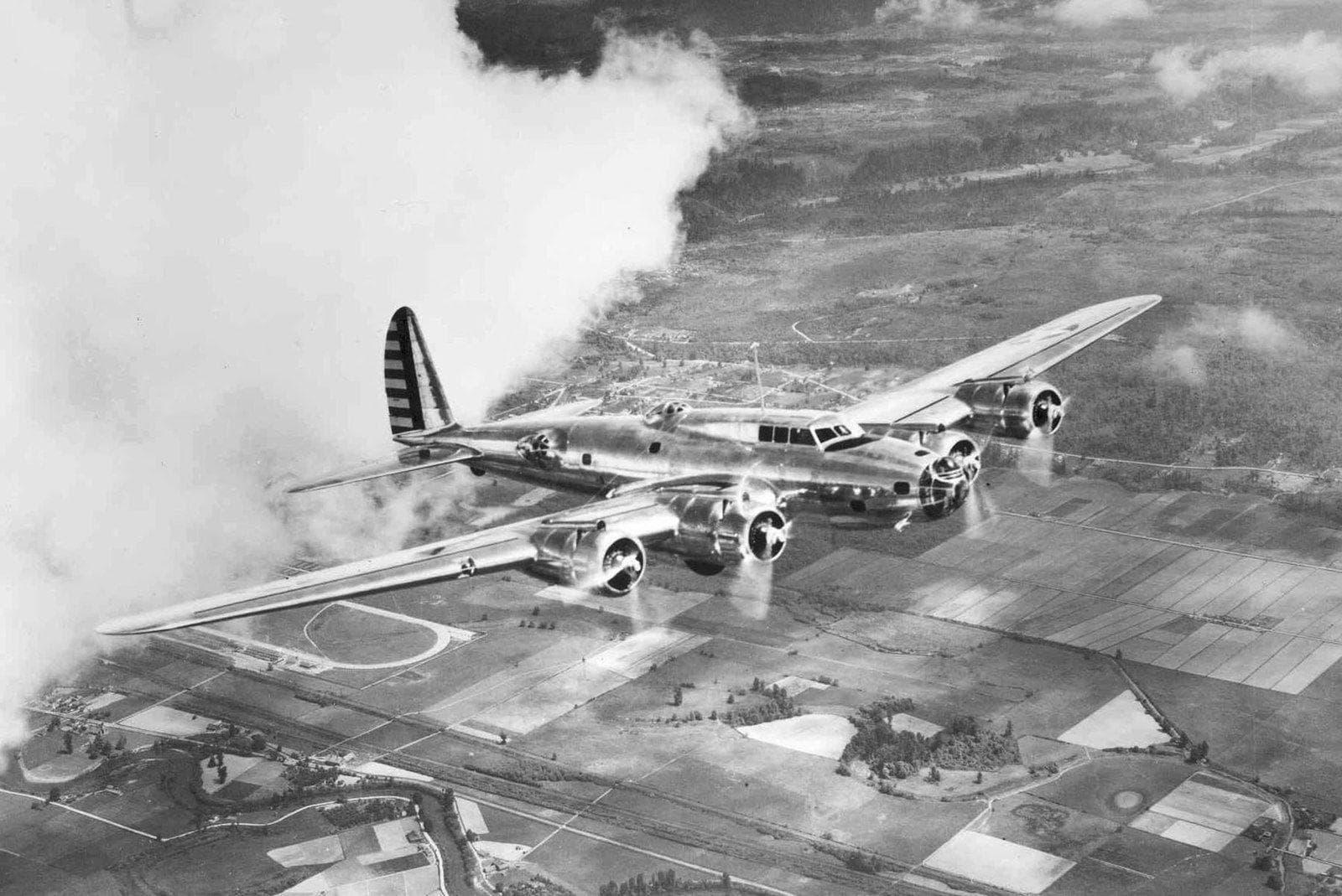 Random Most Iconic World War II Planes