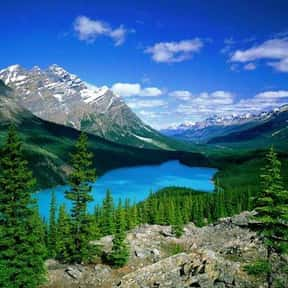 Banff National Park is listed (or ranked) 22 on the list The Most Beautiful Natural Wonders In The World