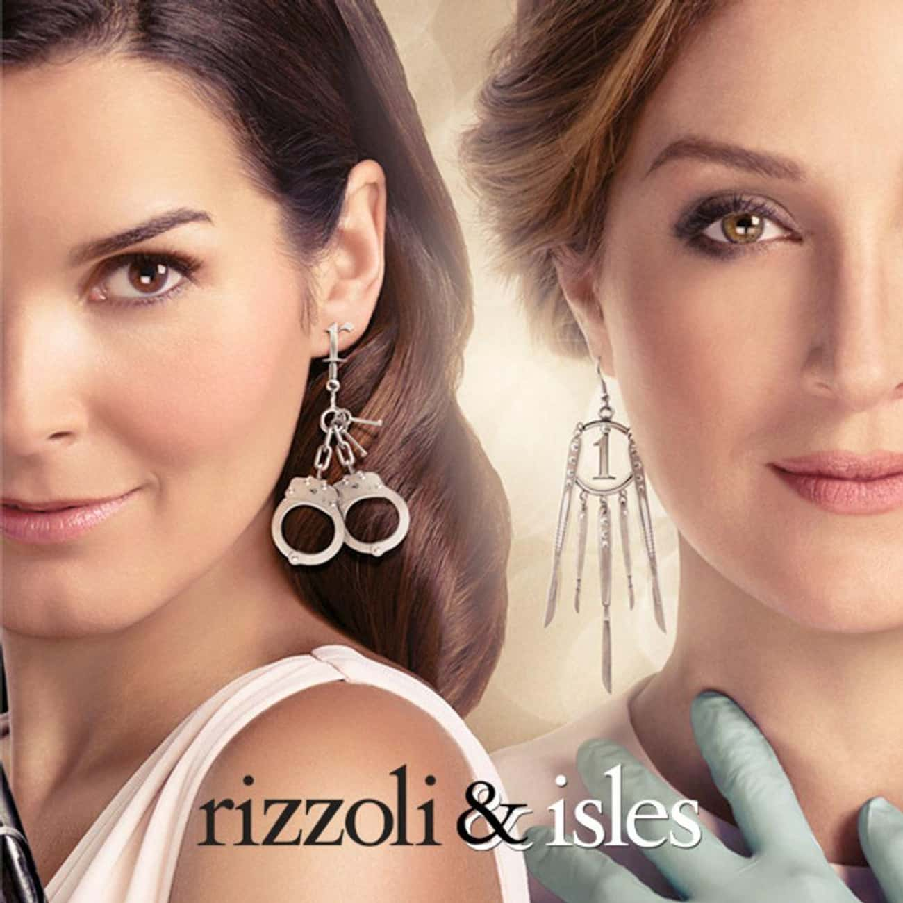 Rizzoli & Isles is listed (or ranked) 2 on the list The Best Hulu TV Shows