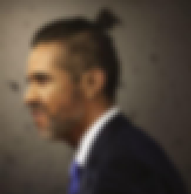 Barack Obama is listed (or ranked) 1 on the list 22 Hilarious Pictures of World Leaders with Man Buns