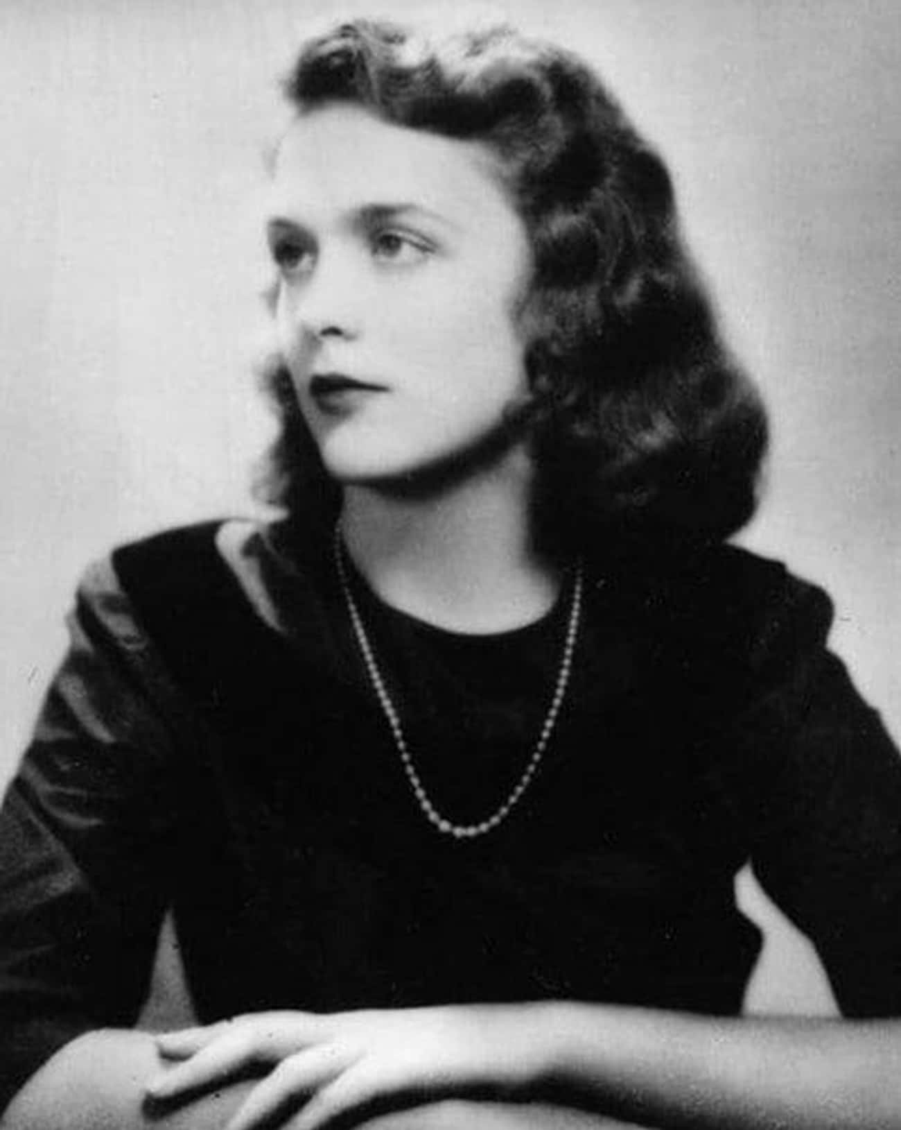 First Lady Barbara Bush is listed (or ranked) 2 on the list Famous People From History You Had No Idea Were Foxy