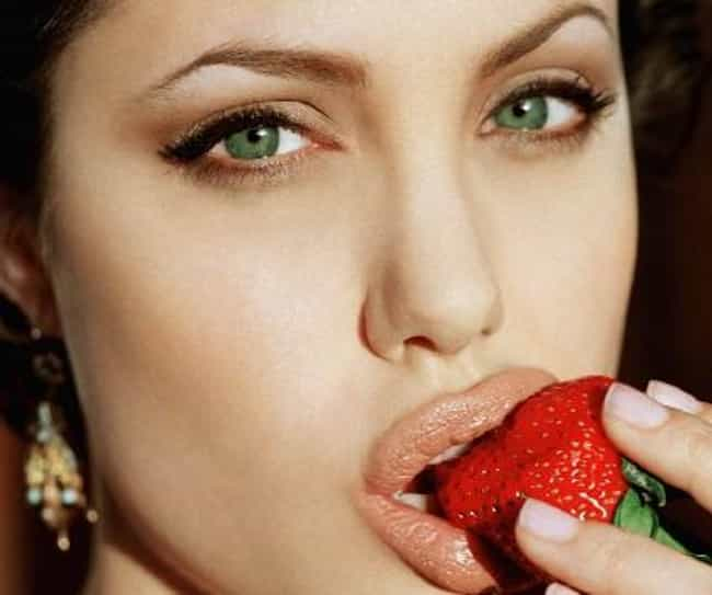 Best Eyeshadow for Green Eyes | List of Best Green Eye Eyeshadow Tips