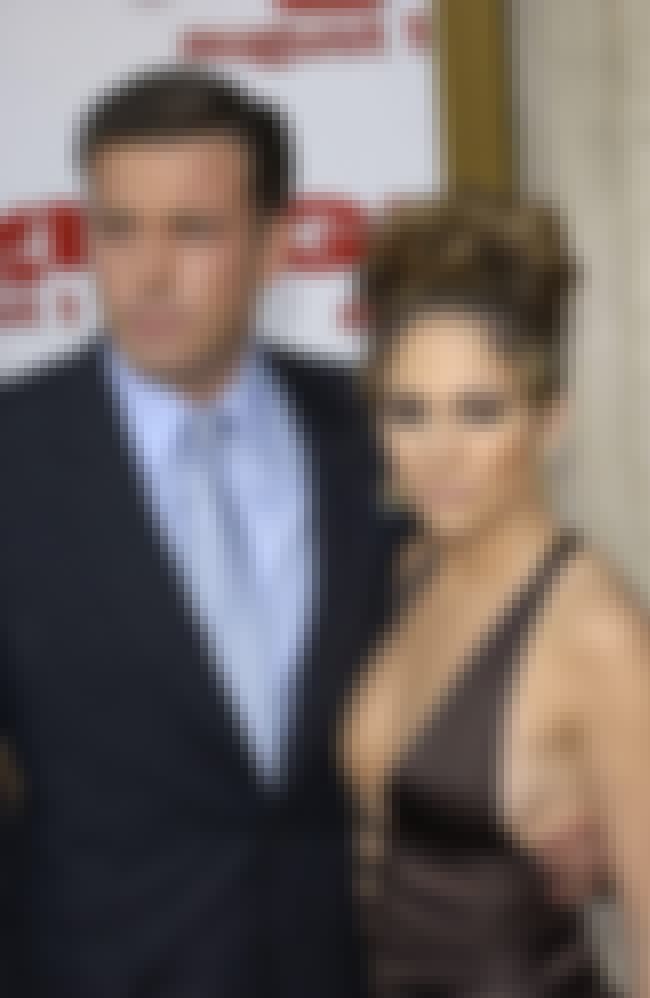 Ben Affleck is listed (or ranked) 2 on the list What It's Like To Date Jennifer Lopez