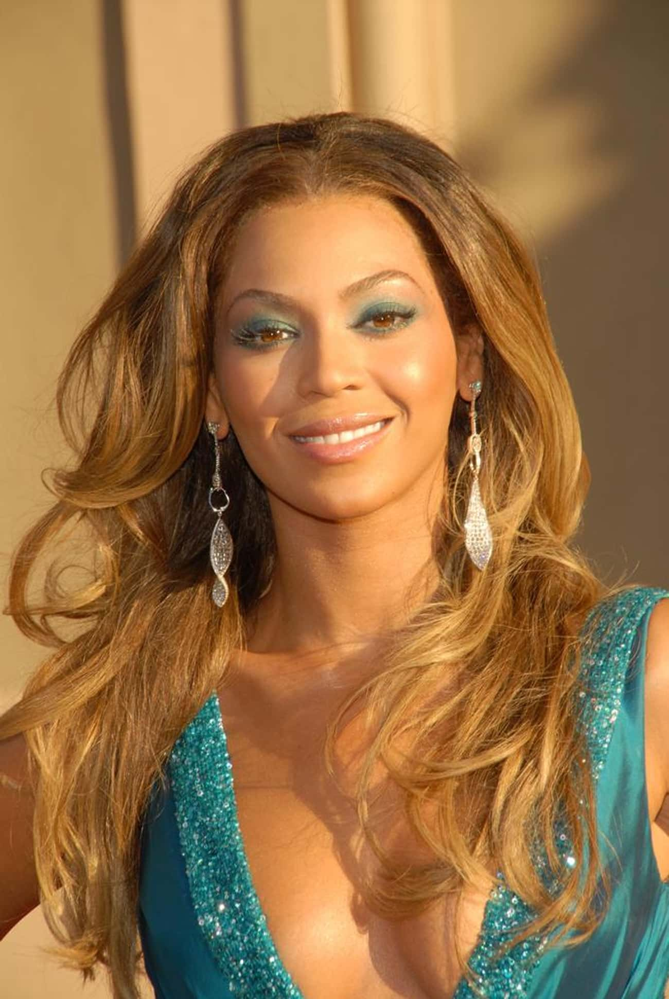 Beyoncé Knowles is listed (or ranked) 2 on the list Famous Female Singers