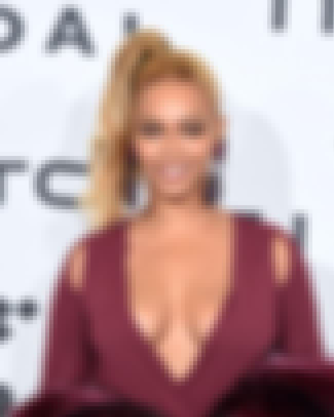 Beyoncé Knowles is listed (or ranked) 2 on the list Famous People Born in 1981