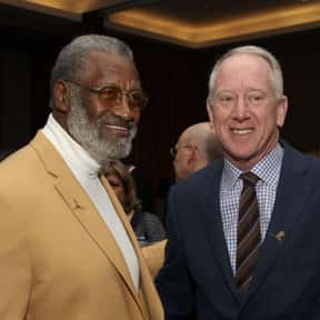 Bobby Bell is listed (or ranked) 20 on the list List of Famous Football Defensive ends