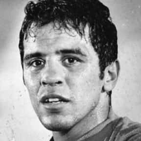 Bobby Chacon is listed (or ranked) 17 on the list Famous Hispanic Athletes
