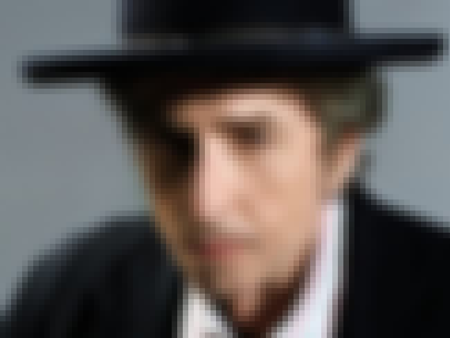 Bob Dylan is listed (or ranked) 2 on the list Famous People Born in 1941
