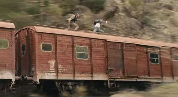 'Skyfall' - They Actually Fought On Top Of A Moving Train