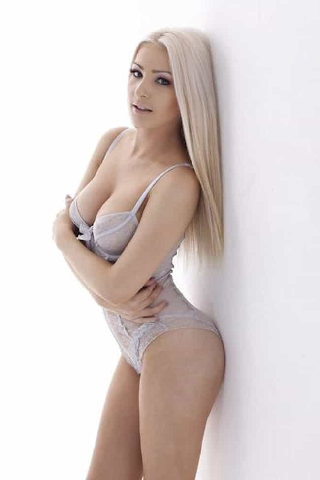 Laura Lacole is listed (or ranked) 1 on the list Hottest Irish Models