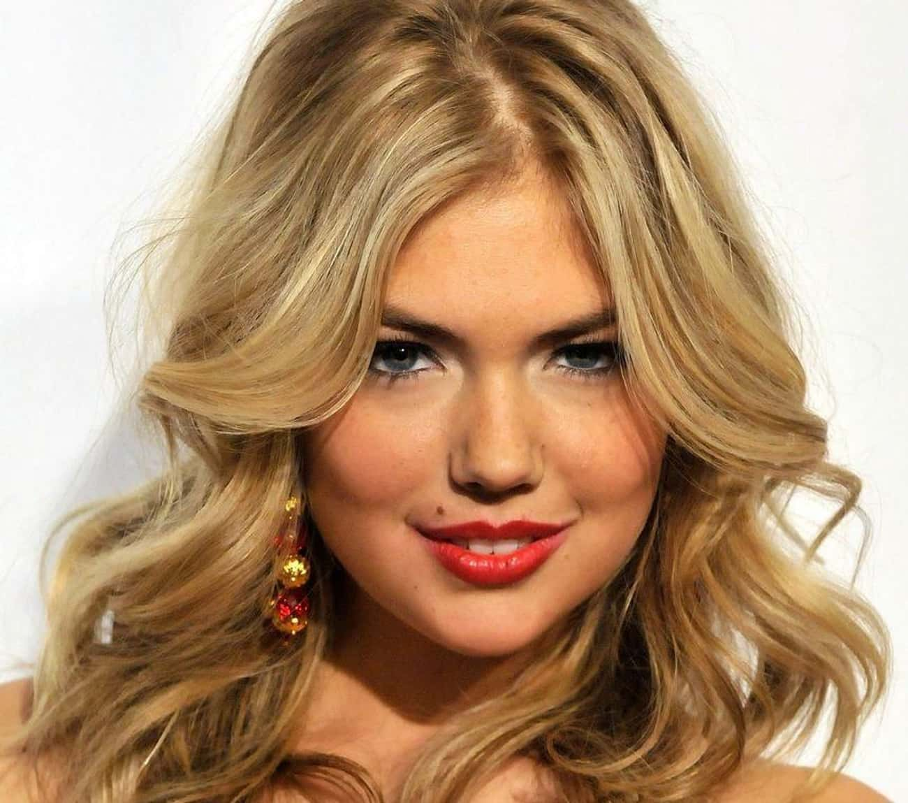 Kate Upton is listed (or ranked) 1 on the list Female Celebrities Who Are 5'10""