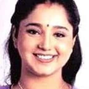 Aishwarya is listed (or ranked) 10 on the list Full Cast of Enakku 20 Unakku 18 Actors/Actresses