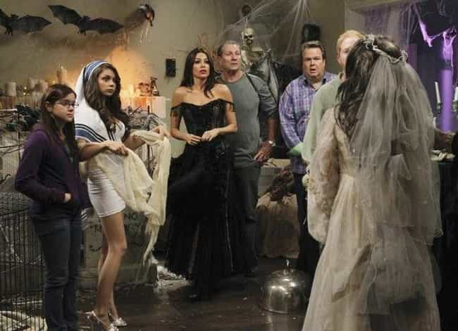 Halloween is listed (or ranked) 1 on the list The Best Halloween Episodes On Modern Family