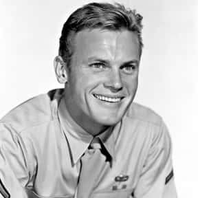 Tab Hunter is listed (or ranked) 6 on the list Full Cast of Hollywood Singing And Dancing: The 1950s Actors/Actresses
