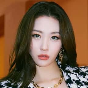 Sunmi is listed (or ranked) 17 on the list The Best K-Pop Solo Artists