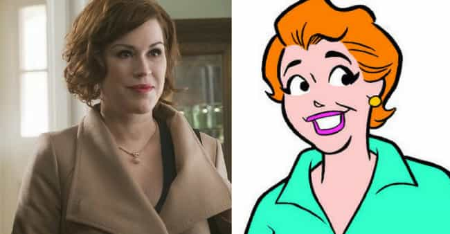 Mary Andrews is listed (or ranked) 2 on the list What The Riverdale Actors Look Like Vs How The Characters Look In The Comics