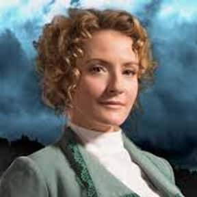 Dr. Julia Ogden is listed (or ranked) 2 on the list List of Murdoch Mysteries Characters