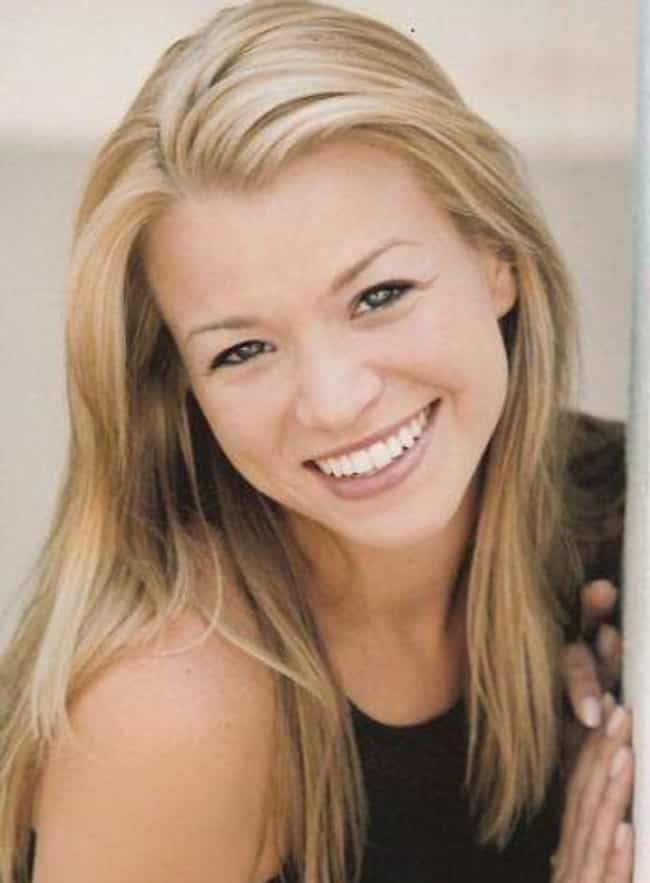Kendal Sheppard is listed (or ranked) 3 on the list Women Who Josh Henderson Has Dated